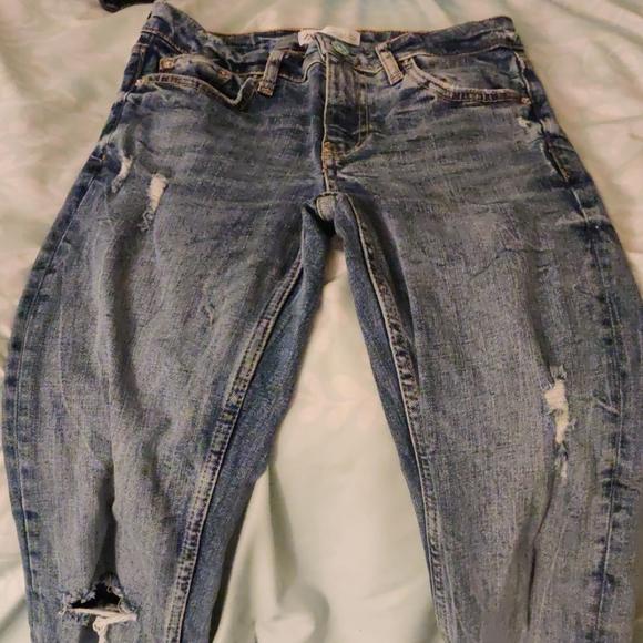 Zara Distressed Skinny Jeans blue